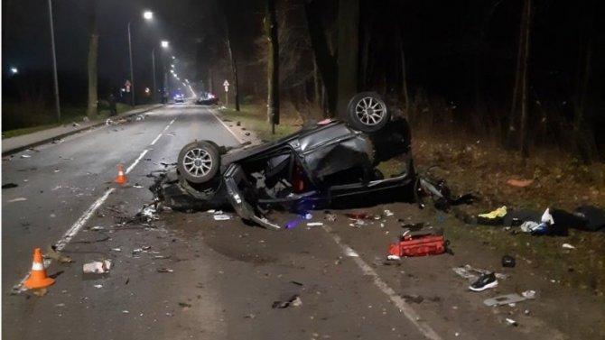 В ДТП в Калининграде по вине пьяного водителя погибли два человека