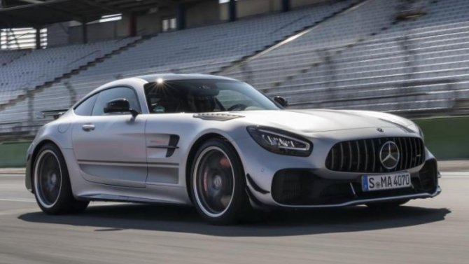 Стали известны сроки появления Mercedes-AMG GT Black Series