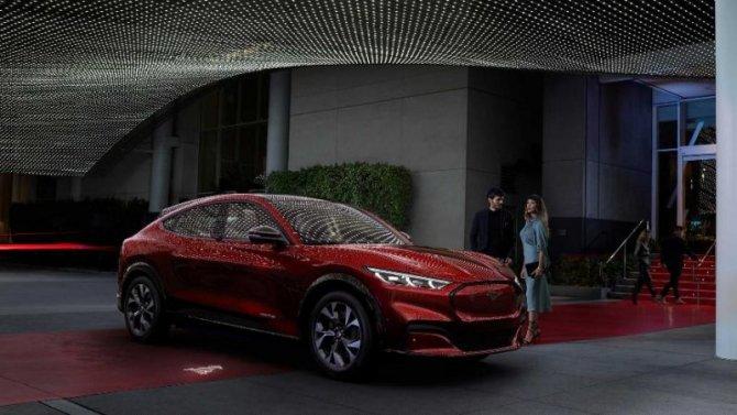 Ford может создать отдельную марку Mustang