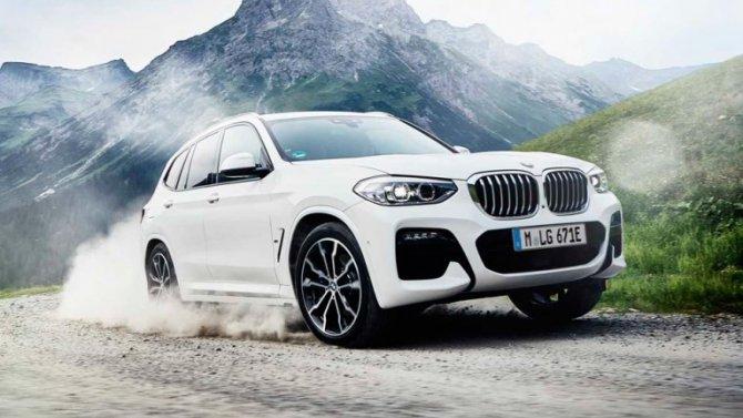 BMW X3 стал гибридомобилем