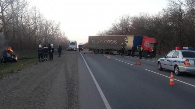 В Краснодарском крае в ДТП погиб водитель BMW