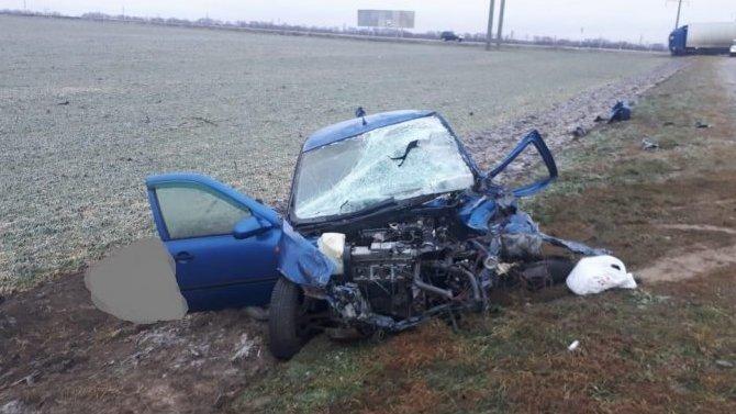 Водитель «Лады» погиб в ДТП с грузовиком на Ставрополье