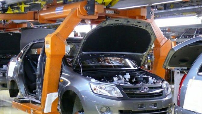 «АвтоВАЗ» обновил сборочную линию Lada Granta