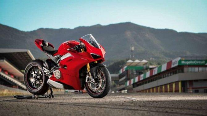 Ducati готовит сверхмощный и сверхлёгкий спортбайк