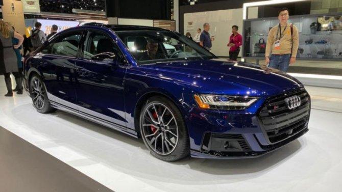 Лос-Анджелес— 2019: представлен рестайлинговый Audi S8