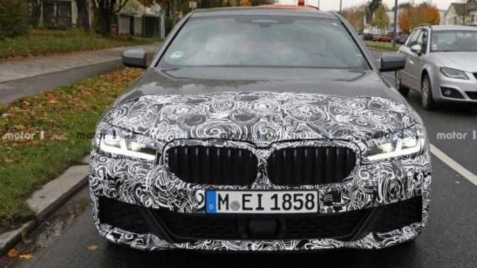 Пойманы «мулы» обновлённого BMW 5-Series