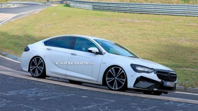 Начались скоростные тесты нового Opel Insignia