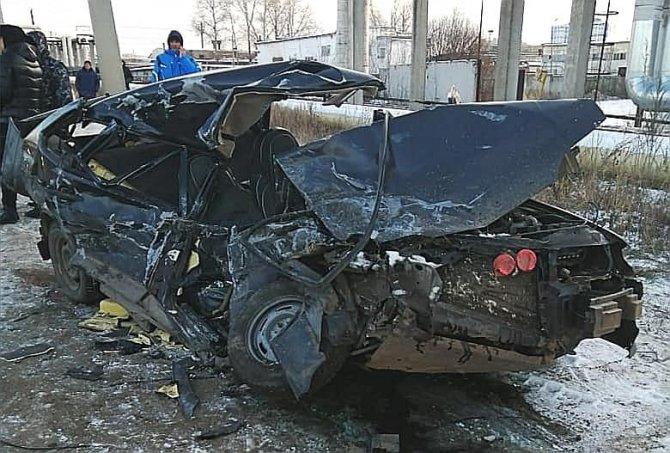 В Нефтекамске в тройном ДТП погибли два человека (1)