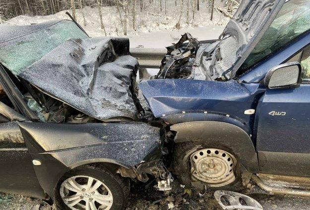 Три человека погибли в ДТП в Тюменской области (2)