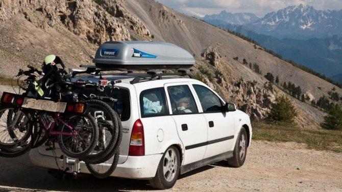 Не пропадать же крыше: багажники, корзины и боксы на крышу автомобиля