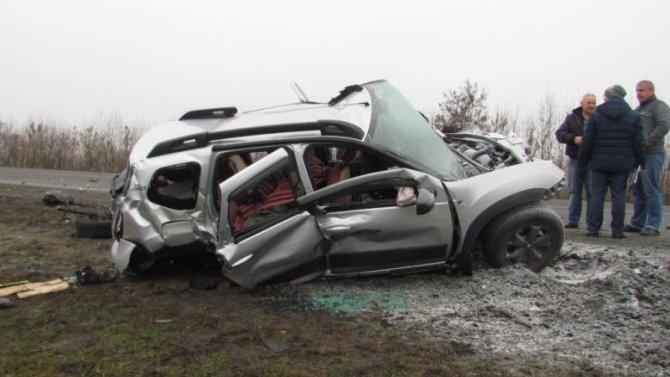 В ДТП в Нижнедевицком районе Воронежской области погиб человек
