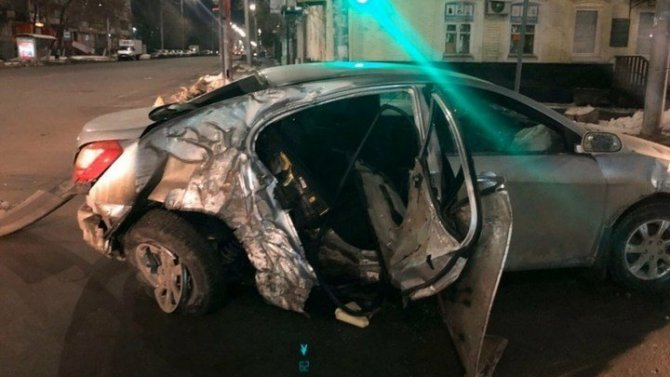 В Саратове по вине пьяного водителя погиб человек
