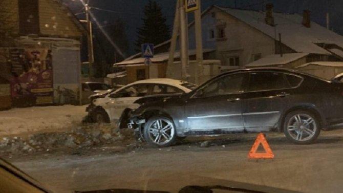 Четыре человека пострадали в ДТП вНовосибирске