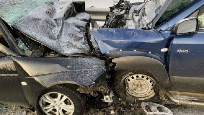 Три человека погибли в ДТП в Тюменской области
