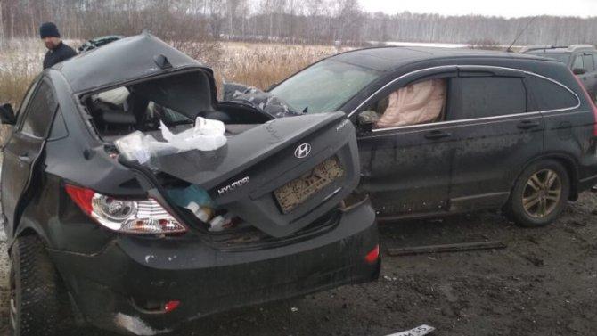 Две женщины погибли в ДТП в Омской области