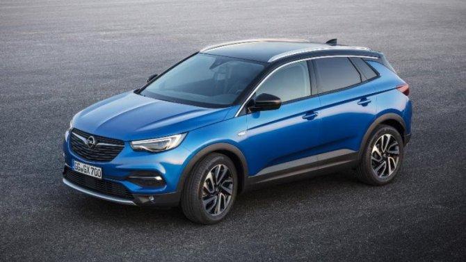 Opel возобновил продажи вРоссии