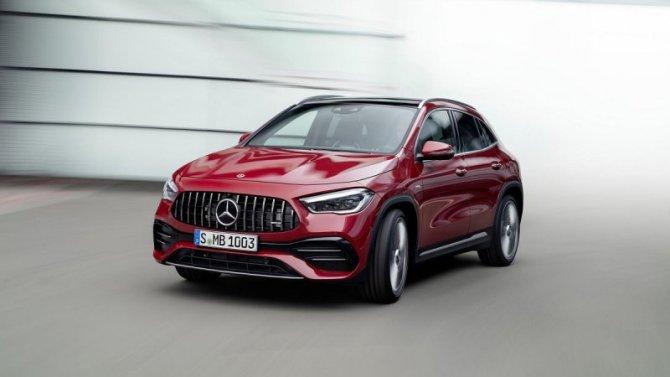 Представлен Mercedes-Benz GLA нового поколения