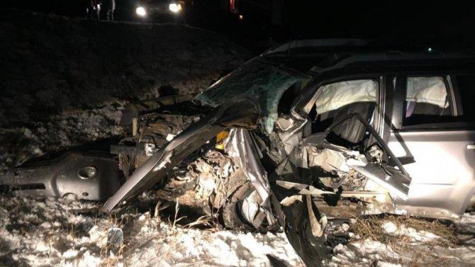 В ДТП в Дуванском районе Башкирии погибли двое взрослых и ребенок