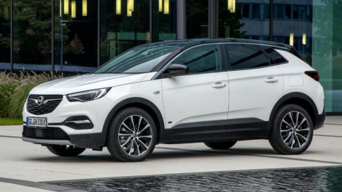 Opel Grandland Xполучил новую гибридную версию