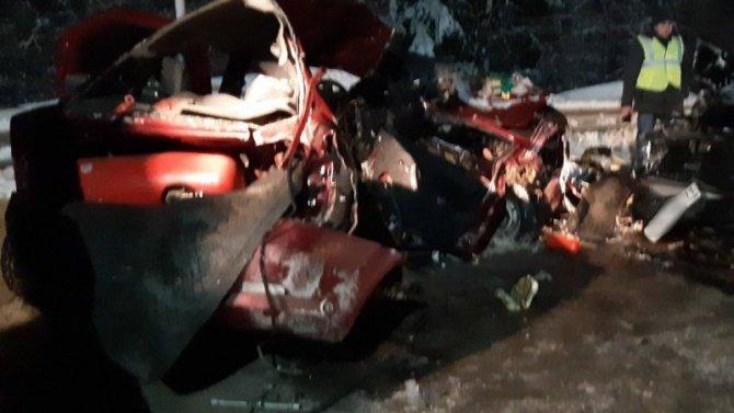 Два человека погибли в ДТП под Сыктывкаром