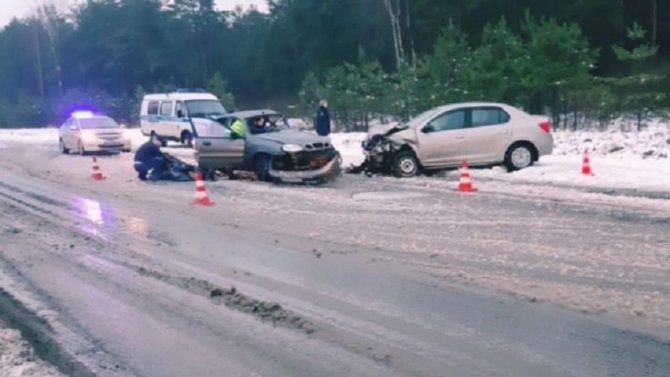 Женщина погибла в ДТП в Кировском районе Ленинградской области