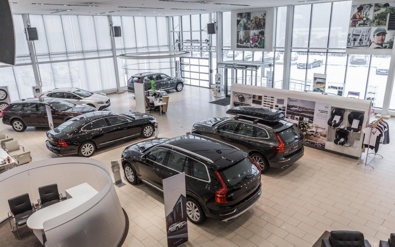 Посетить автосалон в москве аренда отечественных авто без залога