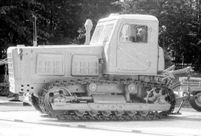 Трактор Т4-А