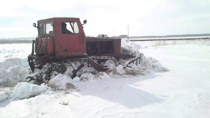 Трактор Т4-А бульдозер