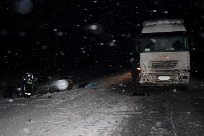 Два человека погибли в ДТП с фурой в Оренбургской области (2)