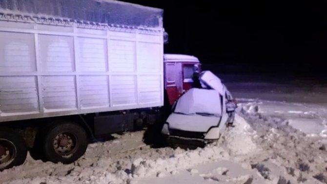 Пять человек погибли в ДТП в Челябинской области