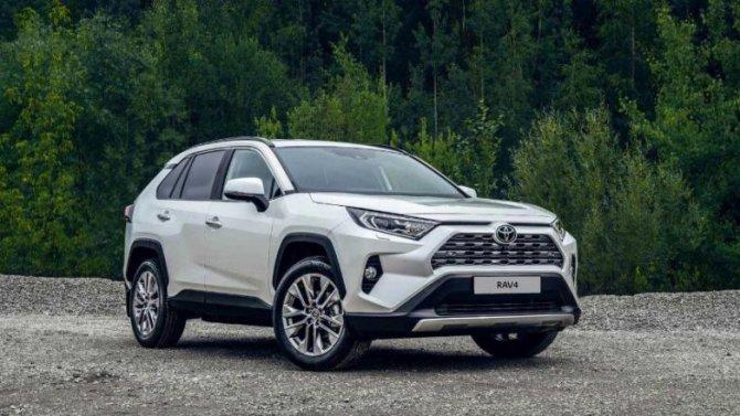 Российские продажи Toyota RAV4 стали рекордными