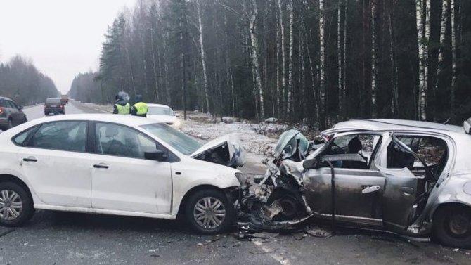 В ДТП в Лужском районе Ленобласти погиб человек