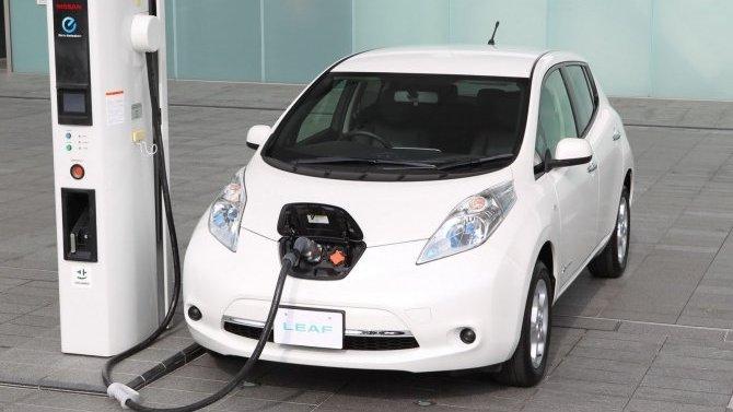 Владельцы электромобилей разлюбили ДВС