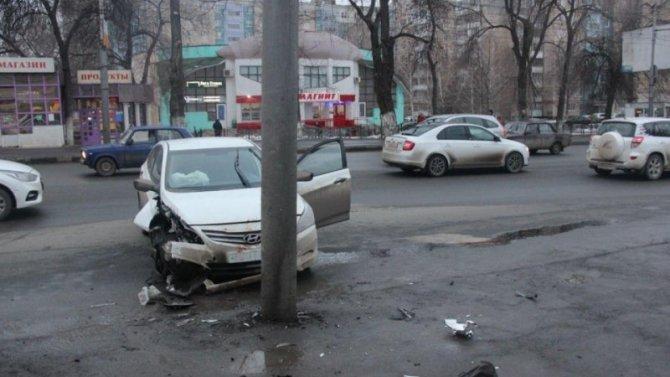 В ДТП в Саратове пострадали четыре человека
