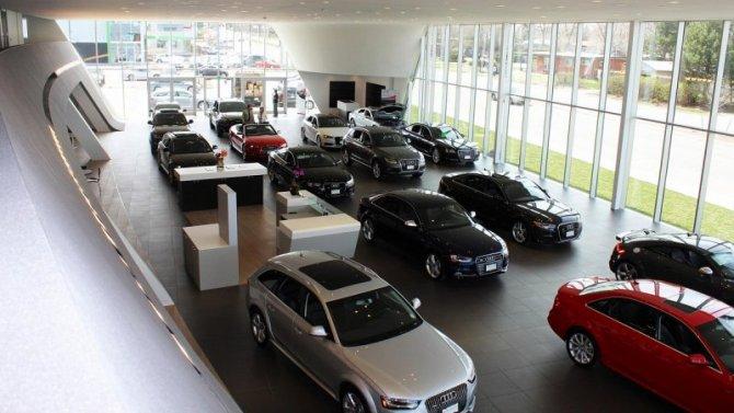Продажи новых автомобилей неожиданно выросли