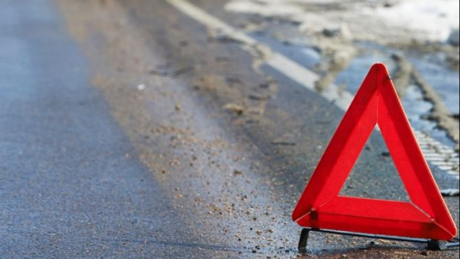 В ДТП под Мурманском погиб водитель иномарки