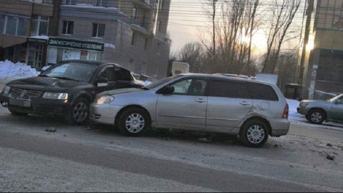 1,5-годовалая девочка пострадала в ДТП в Новосибирске