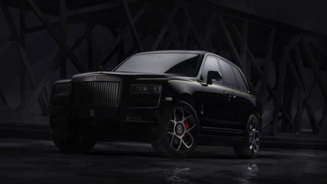 ВРоссии появился Rolls-Royce Cullinan Black Badge