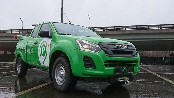 ВМоскве появились эвакуаторы набазе пикапов— чтоб доставать автомобили из«труднодоступных мест»