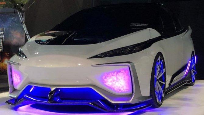 ВТокио показали концептуальный гибридомобиль Toyota Prius