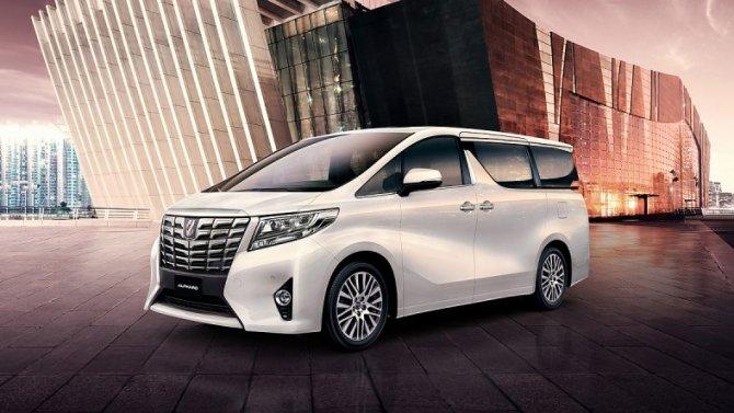 В России отзывают минивэны Toyota