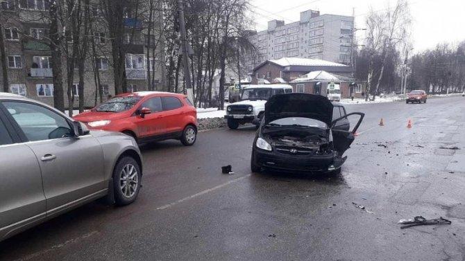 Пять человек пострадали в ДТП в Александрове