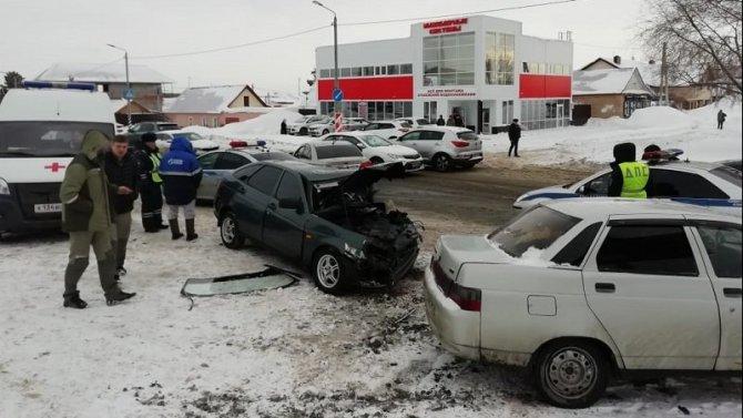Два человека пострадали в ДТП в Оренбурге