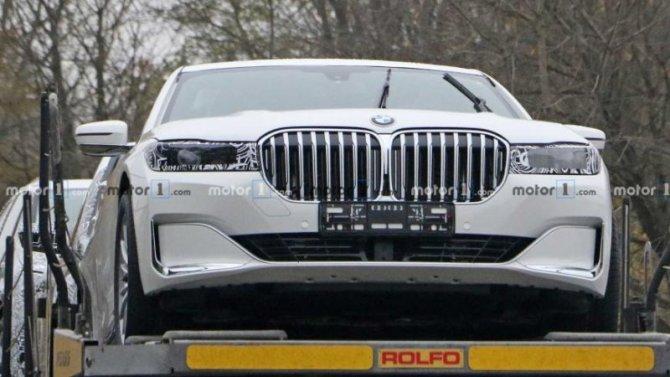 Появились фото «мула» BMW 7-Series нового поколения