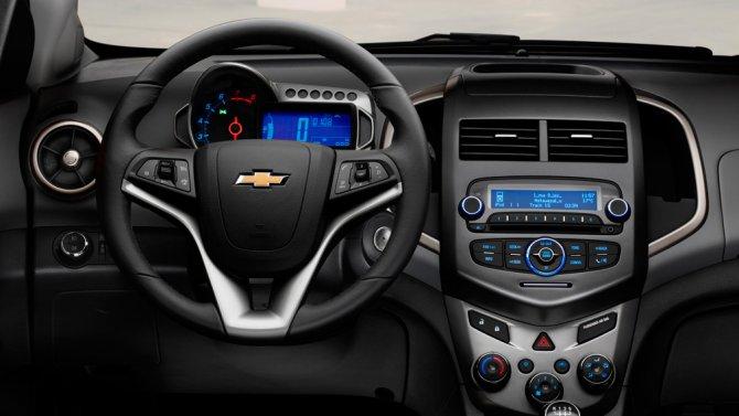 Chevrolet Aveo салон
