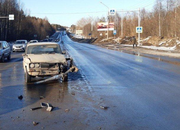 2-летний ребенок пострадал в ДТП в Сыктывкаре (1)