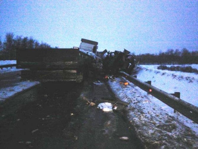Водитель «Газели» и тракторист погибли в ДТП в Новосибирской области (1)