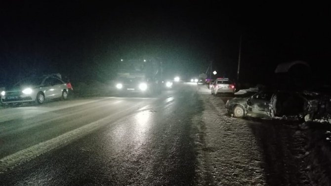 В Екатеринбурге в ДТП погиб 18-летний водитель