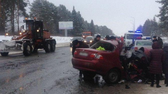 Два человека погибли в ДТП под Ижевском