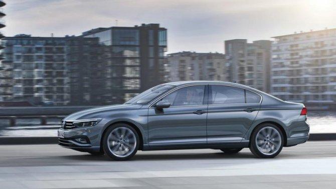 ВРоссии начались продажи нового Volkswagen Passat
